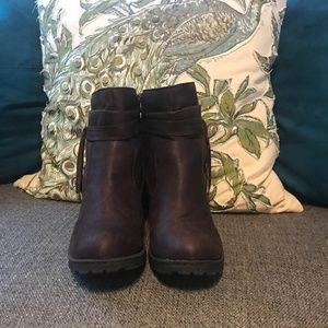 BOC Brown Leather Booties Size 11